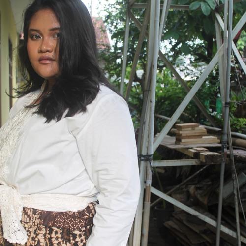 Putri Wahyu's avatar