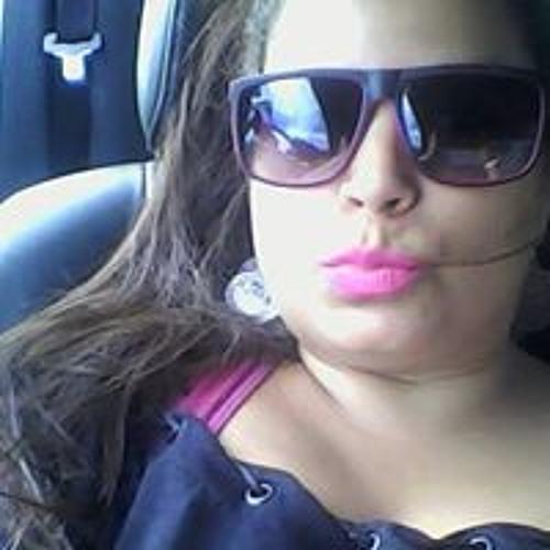 Camila Mila's avatar