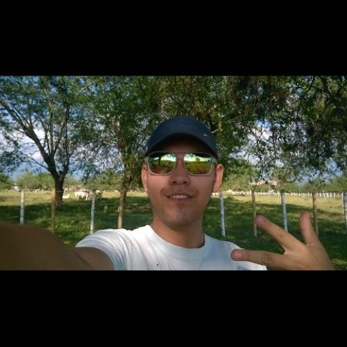 Daniel Caicedo's avatar