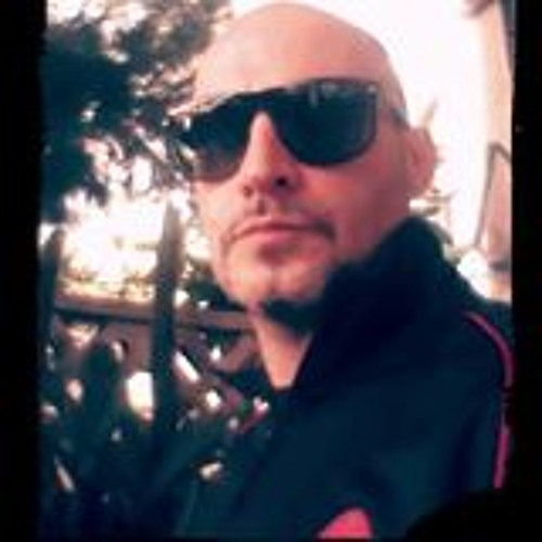 LIZ&BASS AKA LIZANCOS.DJ's avatar