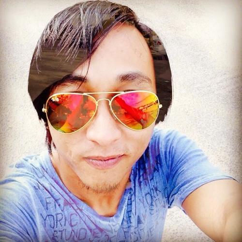 -Radhion-'s avatar