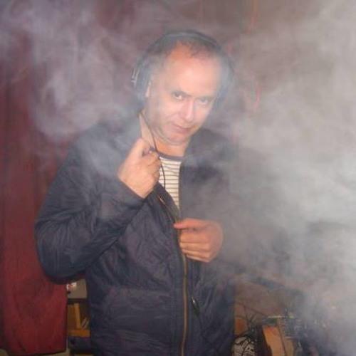 Luis Alberto Lazarte's avatar
