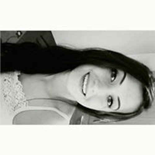 Ana Karvat's avatar