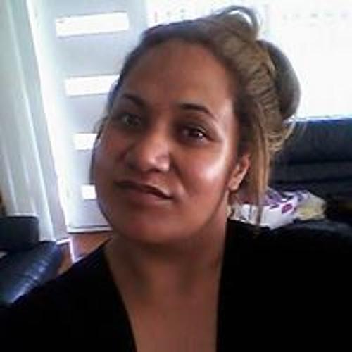 Lia Pelasio's avatar