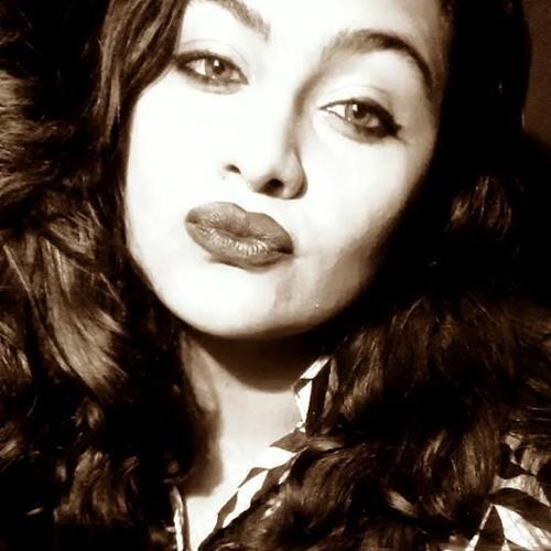 Talia Saleem's avatar