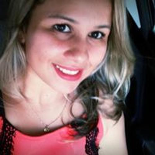 Eveline Cantão's avatar