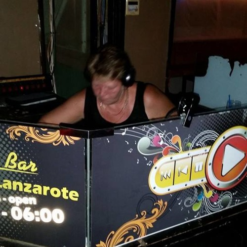 Annette Pattison 1's avatar