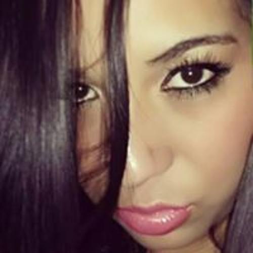 May Alvarez's avatar