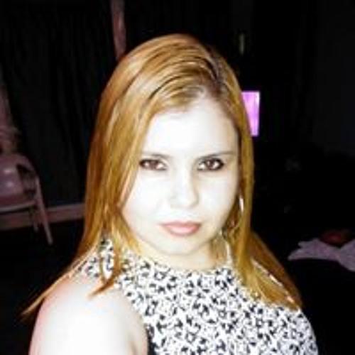 Claudia Urquizo's avatar