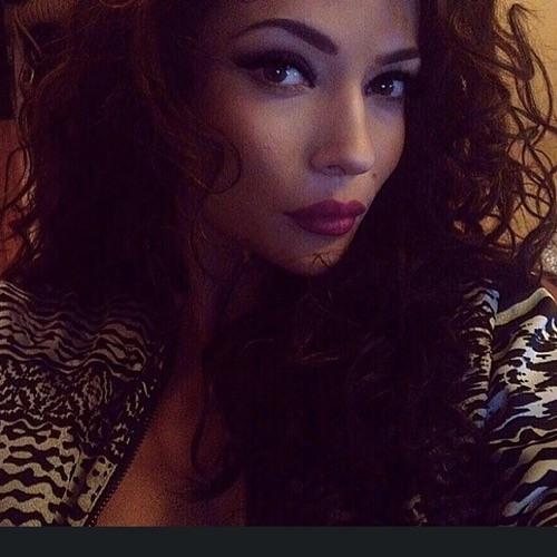 Milena Stark's avatar
