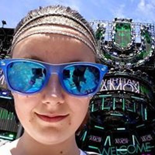 Stephanie Kate's avatar