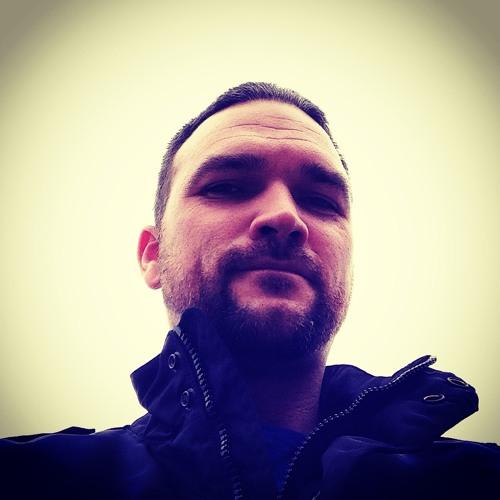 CrwdMechanik's avatar