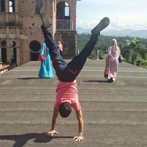 Muhd Arif's avatar