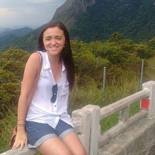 Franciene Trugilho's avatar