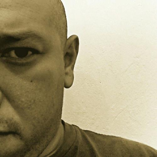 Fernando Morales's avatar
