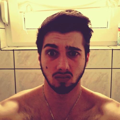 Evan Bladgje Theo's avatar