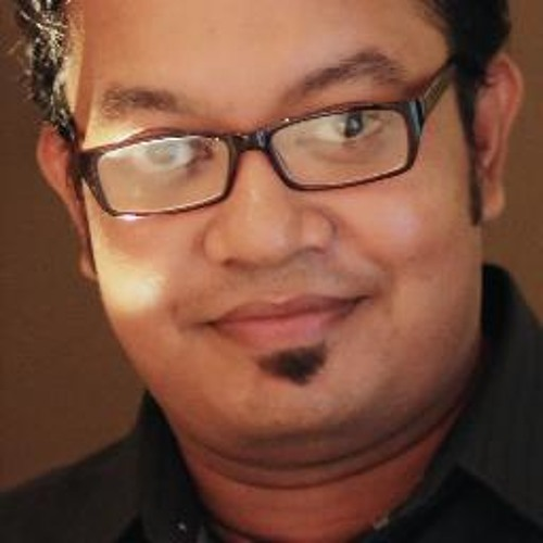 Russell John's avatar