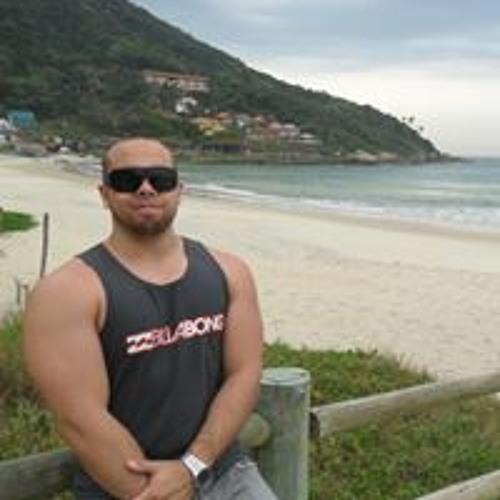Lucas Monteiro Cardoso's avatar
