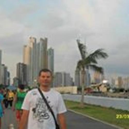 Luis Arturo Albi Machado's avatar