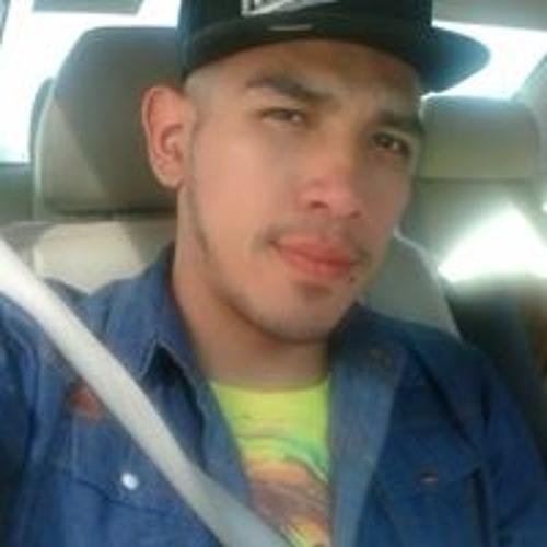 Luis Lara's avatar