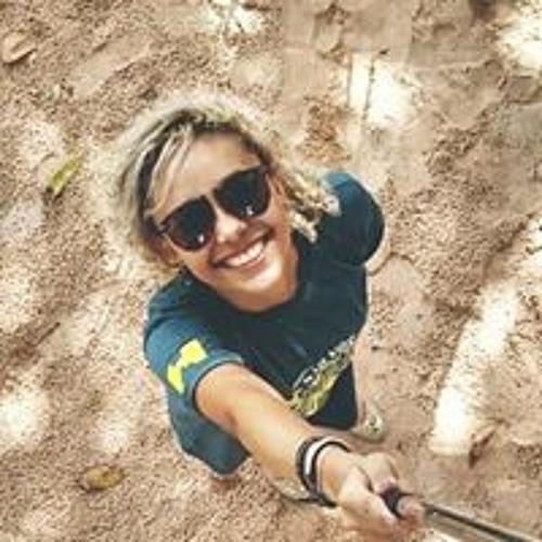 Isabela Silva's avatar