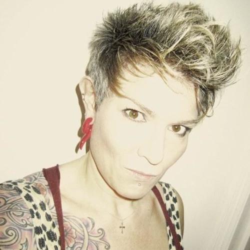 Janey Summer's avatar