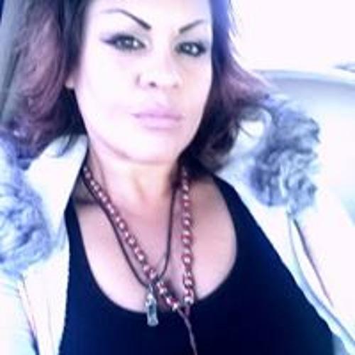 Brenda Valenzuela's avatar