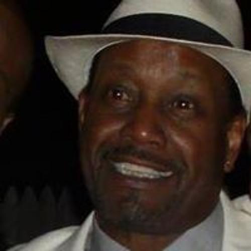 Carl Moore's avatar