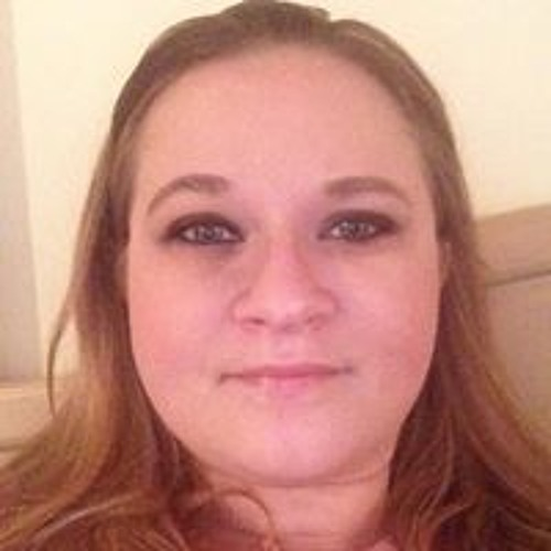 Holly Dvorcek's avatar