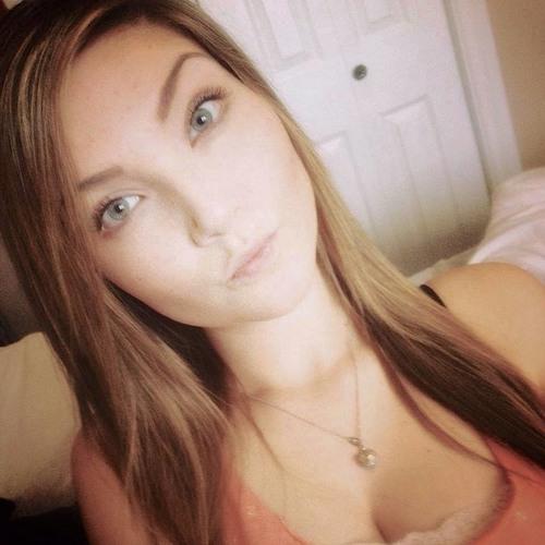 Akela Brougham <3's avatar