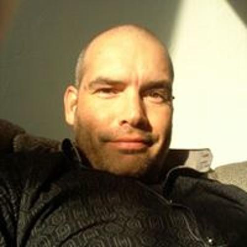 Azor van der Velden's avatar