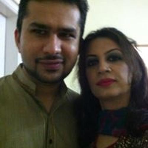 Neelum Zeeshan's avatar