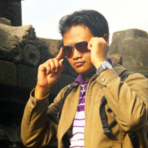 Riza Fauzi AR's avatar