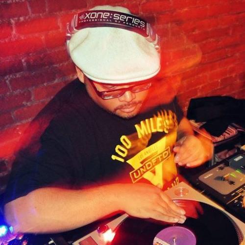 DJ KrazyKut's avatar