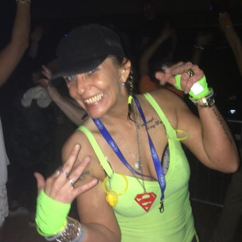 Sharon Taylor's avatar