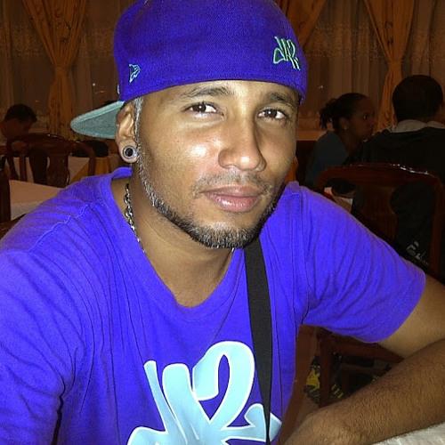 Junior Lobo Leon's avatar