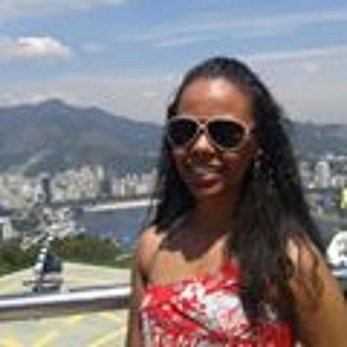 Gabriela Araújo's avatar