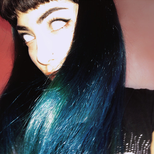 Silvia Flower's avatar