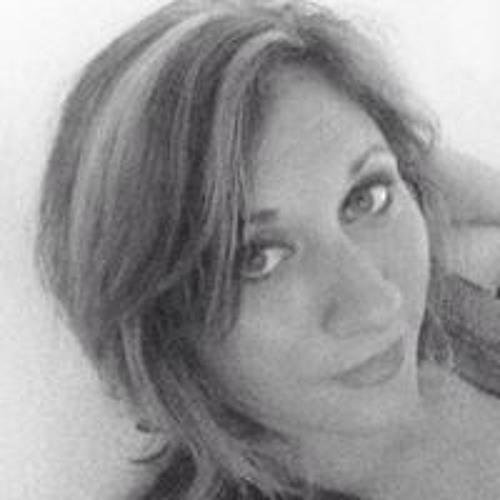 Ashleigh Nagle's avatar