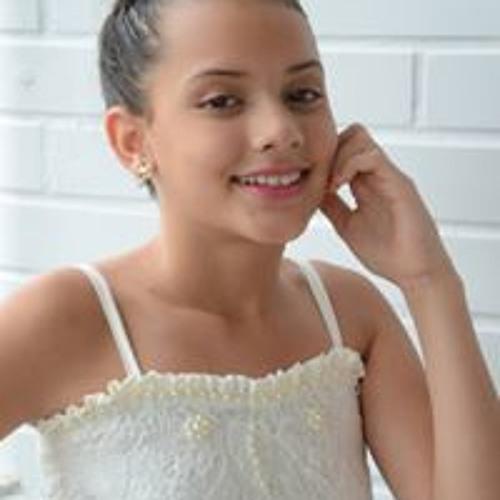 Isabella Carvalho's avatar