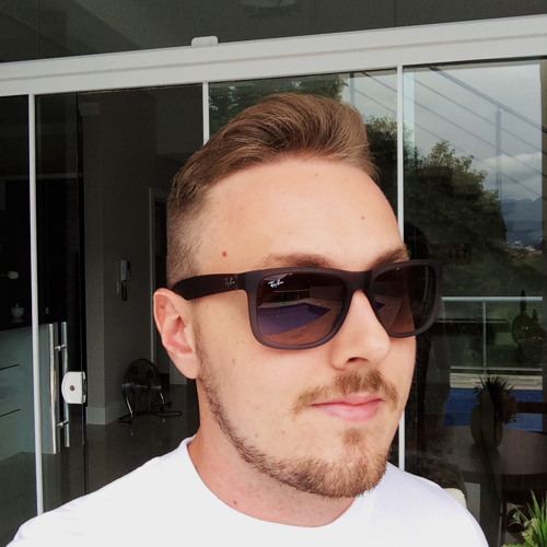 Felipe Krepsky Müller's avatar