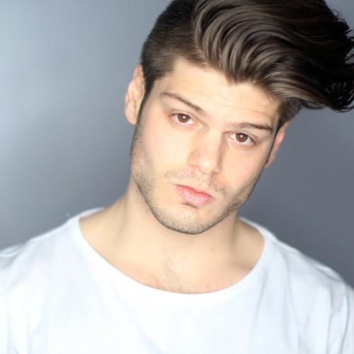 Anthony DelucV's avatar