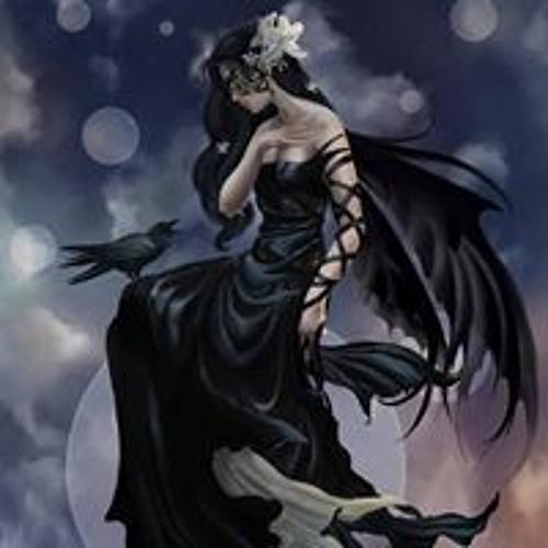 Christine Solis's avatar