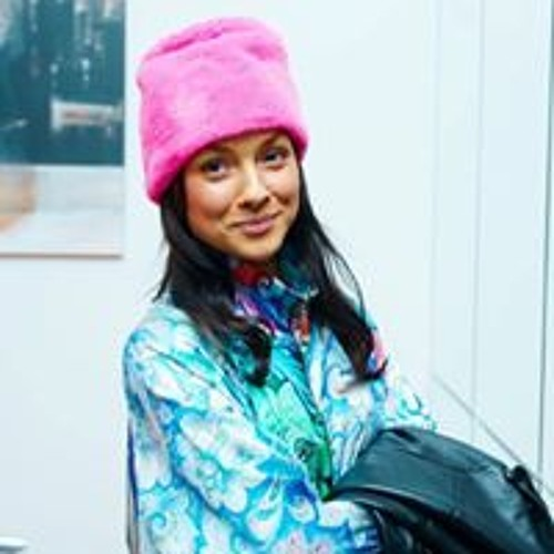 Maria Chuprina's avatar
