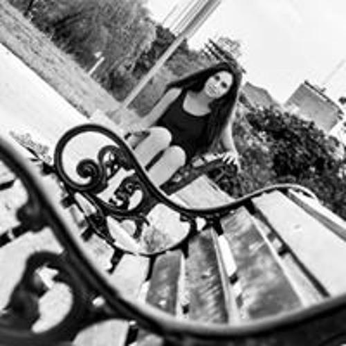 Martha Sanabria's avatar