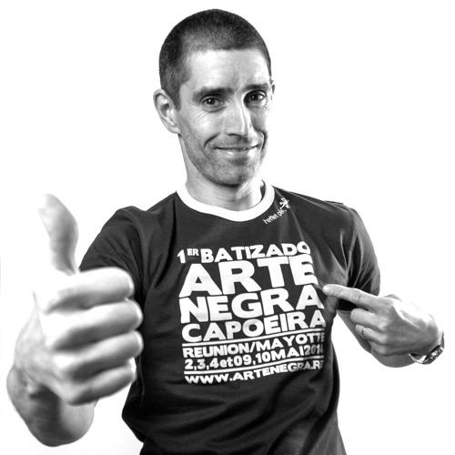 LinguaCapoeira's avatar
