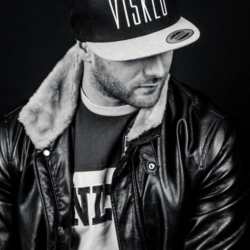VISKLO FAVELY's avatar