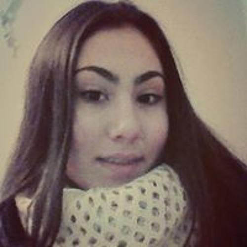 Adriana Araritei's avatar