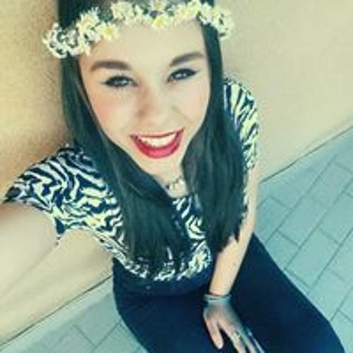 Isabella Popescu's avatar