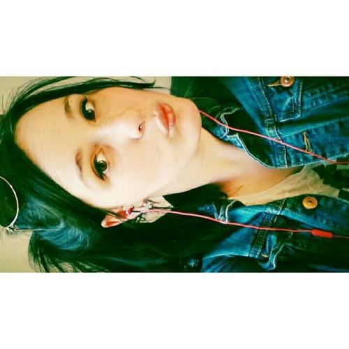 AliceLiddelton's avatar